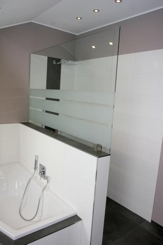 glas fandel gmbh co kg glas design. Black Bedroom Furniture Sets. Home Design Ideas